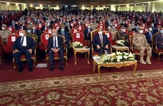 """الرئيس السيسي يستمع لأغنية """"ابن الشهيد"""" للطفل عبد الرحمن عادل خلال الندوة التثقيفية الـ33"""