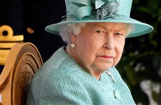 الملكة إليزابيث تستأنف مهامها.. ولا مؤشرات عن تنازلها عن العرش للأمير تشارلز