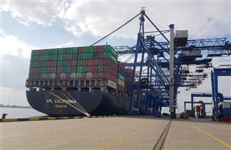 تداول 24 سفينة حاويات وبضائع عامة وشحن 3050 طن صودا كاوية بموانئ بورسعيد
