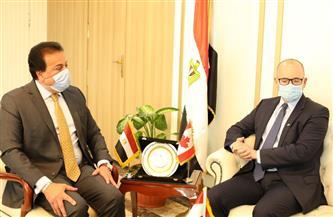 وزير التعليم العالي: فتح أفرع جديدة للجامعات الكندية بمصر | صور
