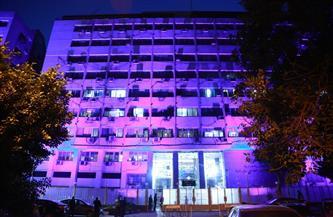 «التضامن الاجتماعي» تضىء مبناها باللون الأزرق احتفالا باليوم العالمي لاضطراب طيف التوحد| صور