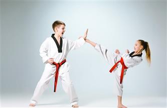 متى يحتاج طفلك إلى ممارسة الرياضات العنيفة لمواجهة أمراض العظام؟