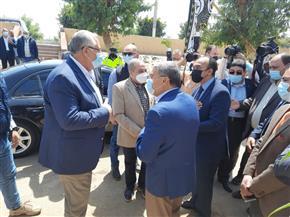 وزيرا الزراعة والإنتاج الحربي ومحافظ المنيا يفتتحون المركز النموذجي لتجميع الألبان بمركز أبو قرقاص