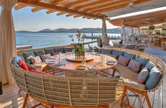 المطاعم اليونانية تعاني وضعًا صعبًا بعد خمسة أشهر من الإقفال