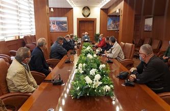 محافظ بورسعيد يوجه بتكثيف الحملات على المقاهي والكافيتريات ويتوعد بعقوبات رادعة | صور