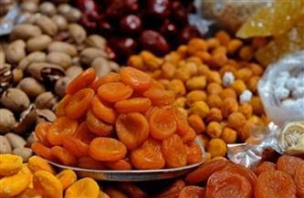 وفر فلوسك.. منطقة باب البحر تسير عكس اتجاه مغالاة التجار في أسعار «ياميش رمضان» | فيديو