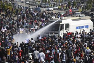جماعة مراقبة: قوات الأمن في ميانمار تقتل أكثر من 80 محتجا