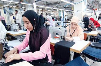 المرأة تقود قطار التنمية في القرى.. تحصد 46% من تمويلات المشروعات الصغيرة