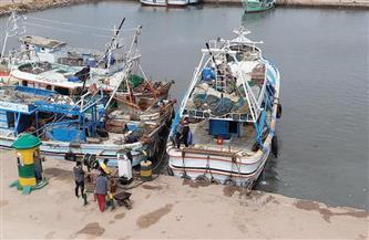 توقف حركة الصيد والملاحة في البرلس ومياه البحر المتوسط بكفرالشيخ لليوم الثاني |صور