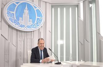 وزير خارجية روسيا يكشف لـ «الأهرام» استئناف الرحلات الجوية.. وخطط التعاون المشترك