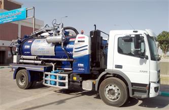 7.5 مليون جنيه لـ3 سيارات فاكيوم لتطهير بيارات الصرف الصحي لمياه أسيوط | صور