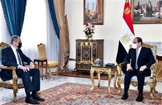 الرئيس السيسي ولافروف يبحثان التعاون على الصعيدين العسكري والأمني