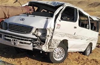 إصابة 13 شخصًا في حادث انقلاب سيارة على الطريق الصحراوي الشرقي بسوهاج