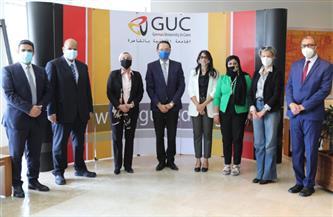 تكريم طلاب «الألمانية» بالقاهرة لتصميمهم حملات ترويجية إلكترونية للمنتجات الصديقة للبيئة