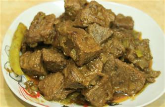طبق اليوم.. كباب حلة بـ «البهاريز »