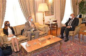 تعرف على أبرز ما جاء في لقاء وزير الخارجية ومبعوث الأمم المتحدة في ليبيا