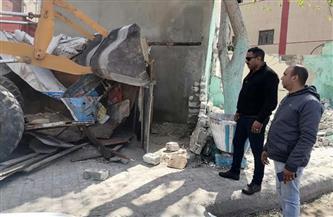 بعد شكوى الأهالي.. إزالة الإشغالات من محيط مدرسة يوسف السباعي بالإسكندرية | صور