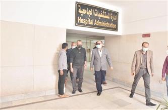 محافظ أسيوط يزور مصابي حادث تصادم طريق البحر الأحمر بالمستشفى الجامعي | صور