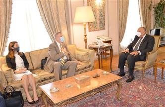 شكري يؤكد ضرورة التزام كل الأطراف الليبية بتنفيذ مخرجات مُلتقى الحوار الوطني