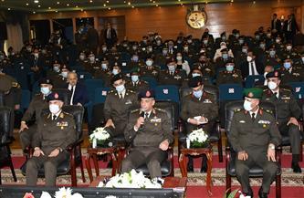 وزير الدفاع يشهد مناقشة البحث الرئيسي لأكاديمية ناصر العسكرية العليا | صور