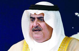 مستشار ملك البحرين للشئون الدبلوماسية ينعي الكاتب الراحل مكرم محمد أحمد