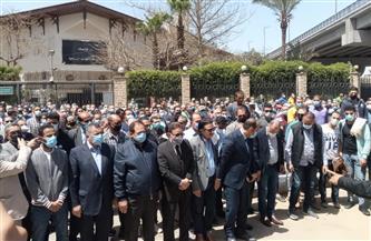 وزراء ونواب وإعلاميون فى تشييع جنازة الكاتب الكبير مكرم محمد أحمد| صور