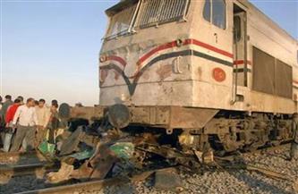 مصرع شخص في حادث تصادم قطار ركاب بسيارة نقل بالسويس