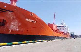 «اقتصادية قناة السويس»: تداول 27 سفينة حاويات وبضائع عامة وشحن 6 آلاف طن صودا كاوية |صور