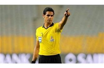 محمد معروف يدير مباراة شبيبة القبائل والقطن الكاميرونى فى الكونفيدرالية الإفريقية