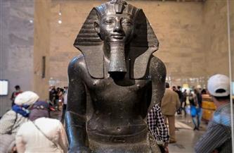 عقب افتتاح قاعة المومياوات الملكية.. إقبال كبير من الزائرين على المتحف القومي للحضارة المصرية | صور