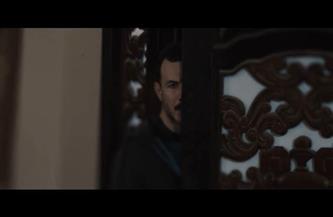 """باسل الخياط يتخلى عن أخته من أجل المال في """"حرب أهلية"""""""