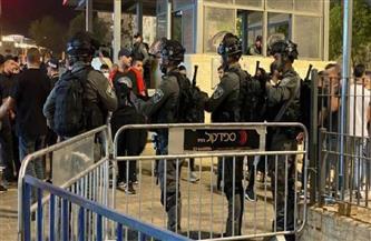 قوات الاحتلال الإسرائيلية تصيب 4 مصلين بعد تأديتهم صلاة التراويح بالمسجد الأقصى