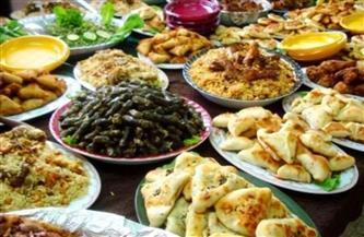 عصير الزبيب والكتب مجانا.. عادات وطقوس رمضان في الكونغو والعراق | فيديو