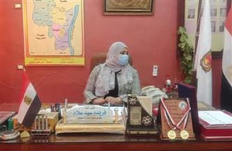 حملات لمتابعة تطبيق الإجراءات الاحترازية ومواعيد الغلق في طهطا بسوهاج