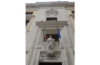 إيطاليا تسجل عجزا 5.2% من الناتج المحلي في الربع الأخير من 2020