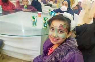 هدايا عينية للعرائس والأطفال في يوم اليتيم بالوادى الجديد  صور