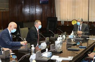 """وزير الكهرباء يلتقي نائب رئيس """"هيتاشي"""" لمناقشة سبل التعاون وفرص الاستثمار بمصر"""
