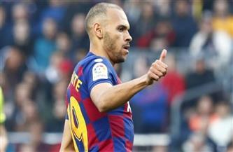 برشلونة يعلن تعرض مهاجمه لالتواء في كاحله الأيمن