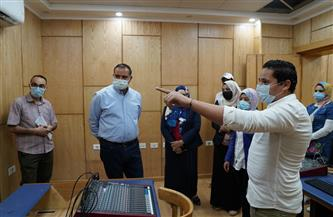 رئيس جامعة سوهاج يتفقد الاستعدادات النهائية لافتتاح استوديو قسم الإعلام | صور