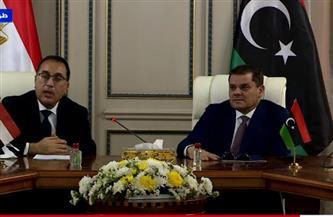 رئيس الوزراء ينقل تحيات الرئيس السيسي إلى ليبيا.. ويؤكد: حرص مصر على دعم كل المشروعات التنموية
