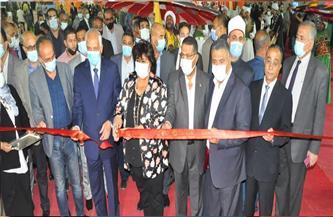 وزيرة الثقافة تشيد بجناح الأوقاف في معرض فيصل للكتاب | صور