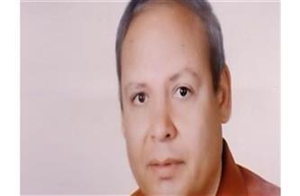 وفاة الشاعر والناقد المسرحي محمود نسيم