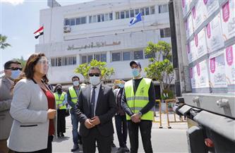 محافظ دمياط تستقبل قافلة أبواب الخير من صندوق تحيا مصر لدعم الأسر الأولى بالرعاية | صور