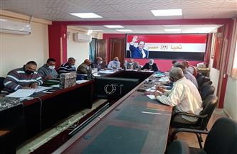 الانتهاء من أعمال لجنة فحص التظلمات في إعلان المستحقين لبديل العشوائيات بسفاجا | صور