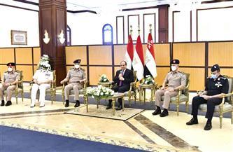 الأمن القومي وتطوير الريف والتعاون مع ليبيا.. تفاصيل لقاء الرئيس السيسي مع كبار قادة القوات المسلحة| فيديو