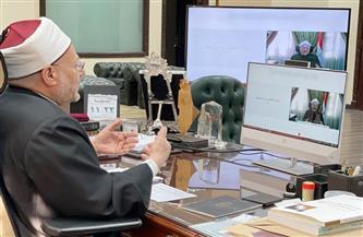 المفتي: ما يمر به عالمنا العربي والإسلامي من شيوع التطرف يجعل من تجديد الخطاب الديني ضرورةً حياتية
