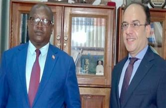 وزير الدفاع البوروندي يشيد بحرص مصر على مواصلة تقديم كافة أشكال الدعم والعون للدول الإفريقية