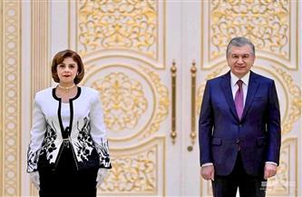 سفيرة مصر في طشقند تقدم أوراق اعتمادها لرئيس أوزبكستان|صور
