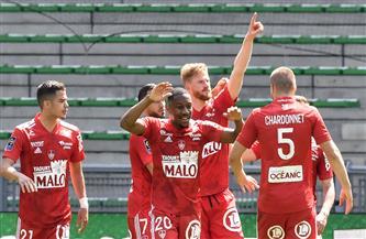بريست يفاجئ سانت إتيان ويقترب من البقاء في الدوري الفرنسي