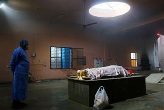 محارق جماعية ونقص بالأكسجين وانهيار المنظومة الصحية ببلد المليار.. «كورونا يفتك بالهند»| صور